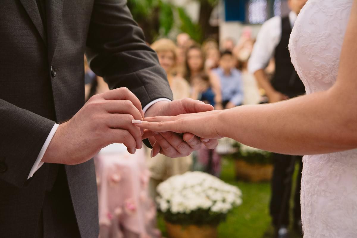 fotografia de casamento de dia em belo horizonte pampulha troca de alianças