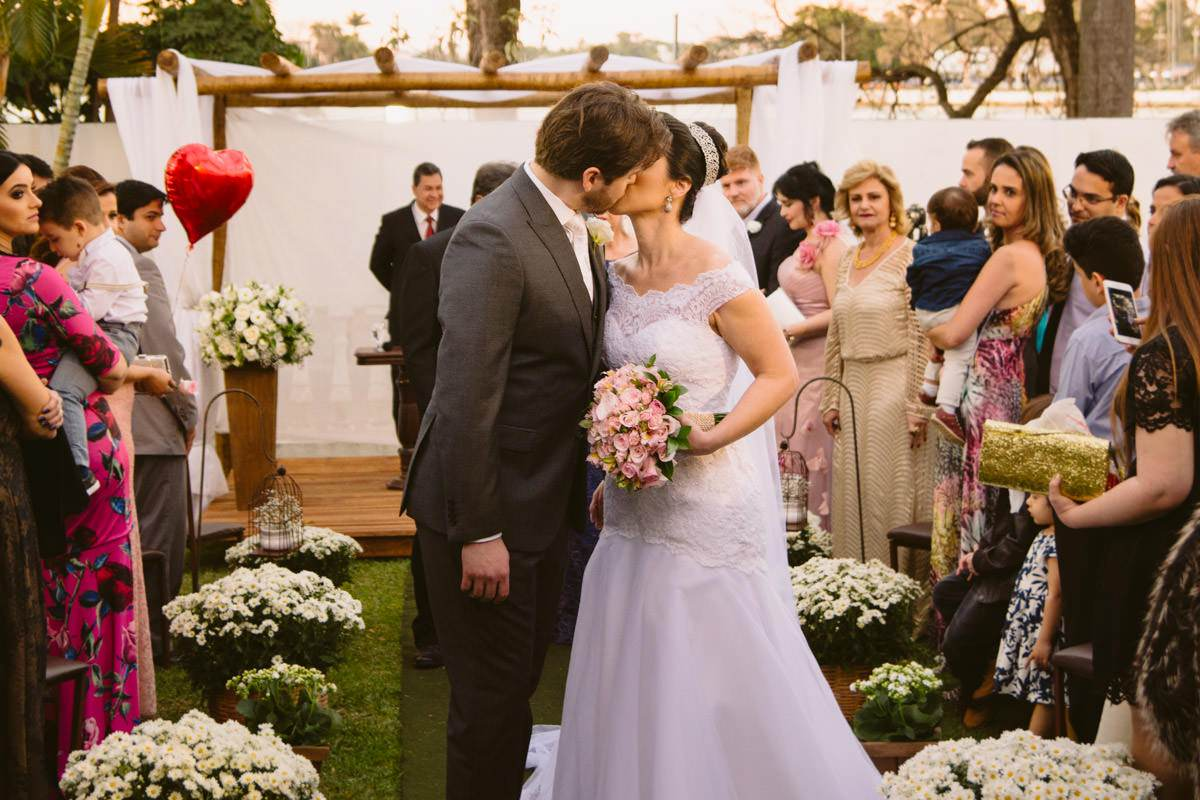 saída dos noivos fotografias de casamento bh